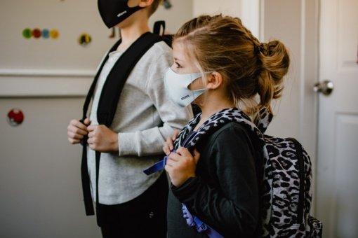 A. Veryga: veido kaukės vaikams mokyklose bus privalomos