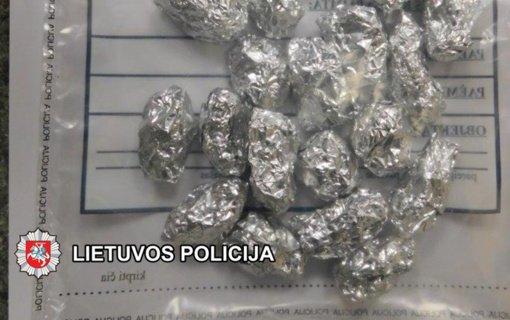 Klaipėdos kriminalistai baigė tyrimą dėl narkotinių medžiagų platinimo