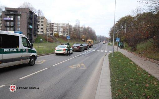 Prieš perėją susidūrus automobiliams nukentėjo ir pėsčioji