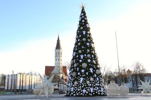 Šiauliai pradeda ruoštis Kalėdoms: miestas švies