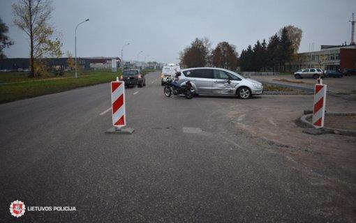 Alytuje per avariją nukentėjo 17-metis motociklininkas