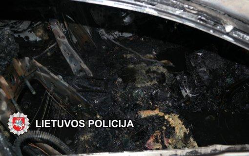 Sulaikytas asmuo įtariamas vasarą Klaipėdoje padegęs automobilį