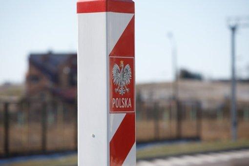 Lenkijoje – 20 816 naujų COVID-19 atvejų, 143 žmonės mirė