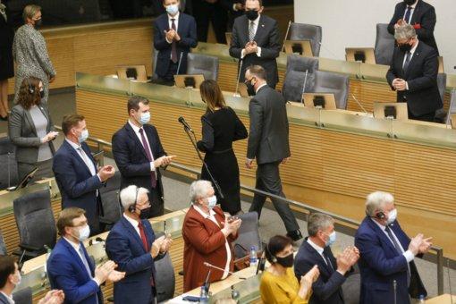 Opozicija nori pagarbaus elgesio iš valdžios: dešinieji primena, kaip elgtasi su jais