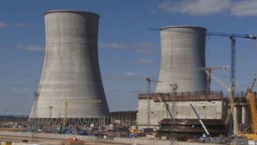 Astravo AE atnaujino elektros gamybą