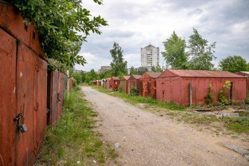 Vilniaus savivaldybė bylinėsis su metalinių garažų pašalinti nesutinkančiais gyventojais