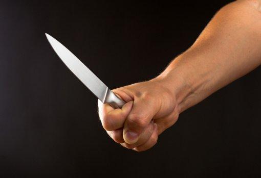 Širvintų rajone neblaivūs vyras ir moteris peiliu sužalojo vienas kitą