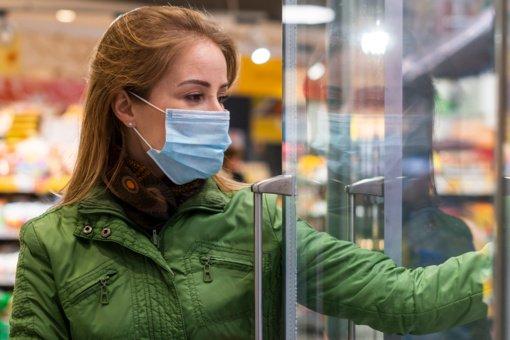 Kalvarijos prekybos centre policija sulaikė apsauginės veido kaukės nedėvėjusią moterį