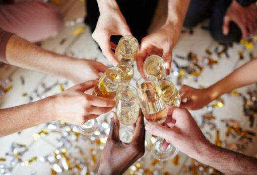 Naujieji metai bus sutikti liūdnai: primygtinai prašoma neorganizuoti vakarėlių