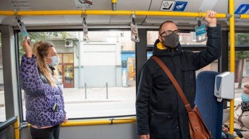 Tarpmiestinio keleivinio transporto įmonės: be paramos autobusai nustos kursuoti