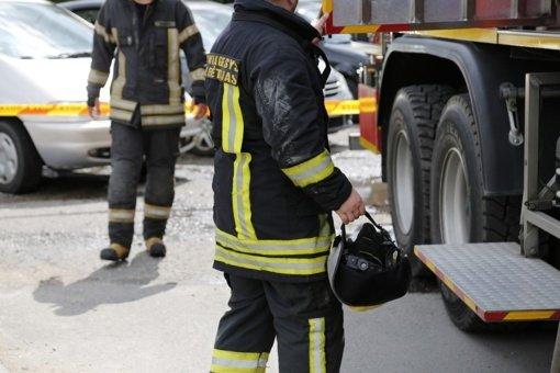 Ugniagesiai skubėjo į techninius įvykius