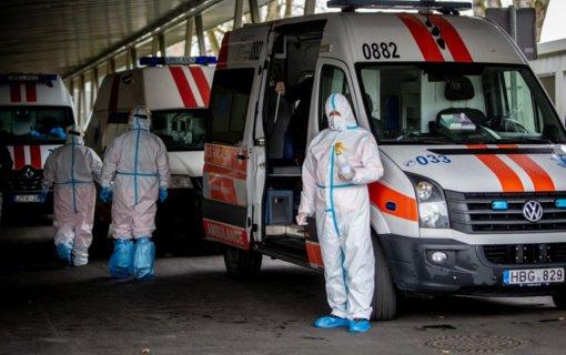 Ligoninėse vyksta kova už žmonių gyvybes, visuomenės prašoma sąmoningumo