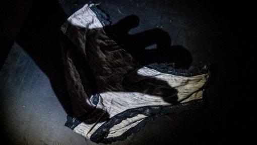 Tamsi istorija Šiauliuose: kompromituojančių nuotraukų paviešinimo bijojusią paauglę pavertė sekso žaisliuku
