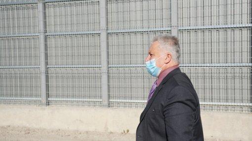 Teismo posėdyje Kelmės rajono meras V. Andrulis kaltės nepripažino