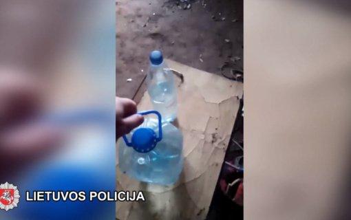 Šalčininkų policijai įkliuvo naminukę gaminęs Janonių gyventojas