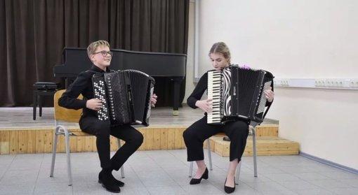 """Šiauliuose nuskambėjo paskutinieji  """"Linksmojo akordeono"""" garsai"""