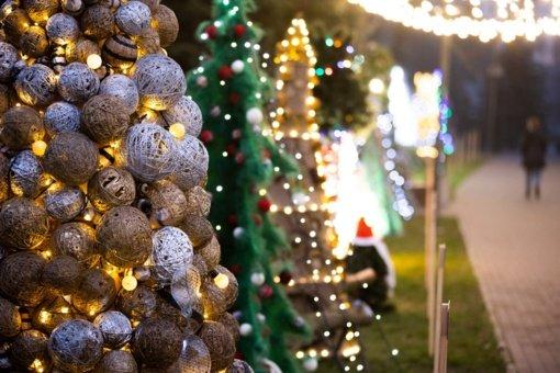 Šeštadienį – Kalėdinių eglučių miestelio ir Jonavos miesto eglės įžiebimas