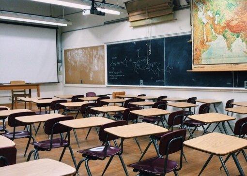 Patobulintas priėmimo į Kazlų Rūdos savivaldybės mokyklas tvarkos aprašas