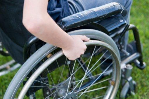 """Neįgalios mergaitės globėja: """"Visi vaikai vienodai verti tikėjimo ir meilės"""""""