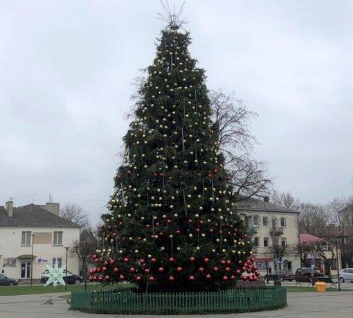 Vilkaviškis pasitinka šventes: sužibs Kalėdų eglutė