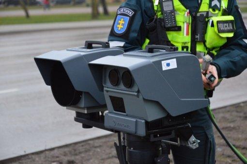 """""""Trikojais"""" greičio matuokliais šiemet paskirta baudų už daugiau nei 4,7 mln. eurų"""