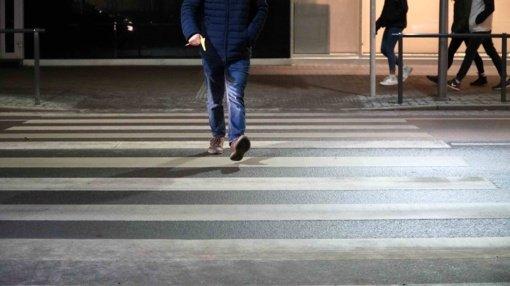 Elektrėnų policija perspėja nedrausmingus pėsčiuosius – už pažeidimus gresia baudos
