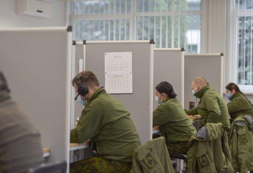 Norinčius karius tikimasi paskiepyti iki birželio pradžios