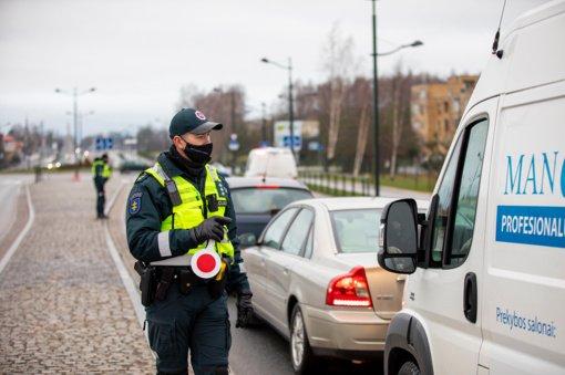 Kriminalinė suvestinė Klaipėdos apskrityje: į savivaldybes nepraleisti vos 8 automobiliai