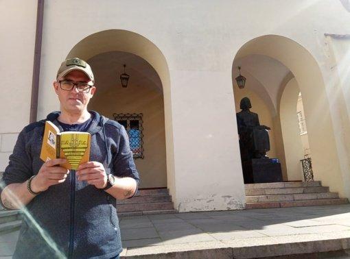 """""""Pakopa po pakopos"""": knyga, kuri skirta ne tik skaityti"""