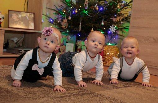 Marijampoliečių trejetukas pasitiko pirmąsias Kalėdas