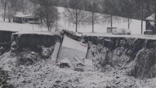 Norvegijoje iš po purvo nuošliaužos ištrauktas penktas kūnas, penki žmonės tebėra dingę
