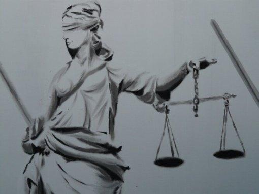 Teismas išteisino dailininko seserį ir jos draugą dėl paveikslų vagystės