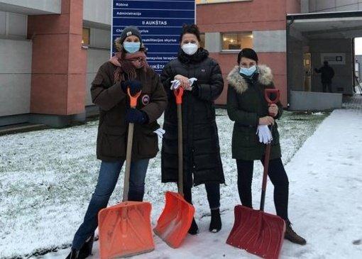 """Radviliškio ligoninės savanorės: """"Pagalba kitiems – tuo pačiu metu yra ir pagalba sau"""""""