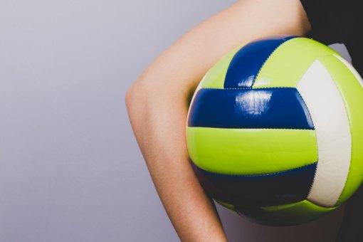 Pirmajame naujųjų metų Lietuvos moterų tinklinio mūšyje – Alytaus klubo pergalė