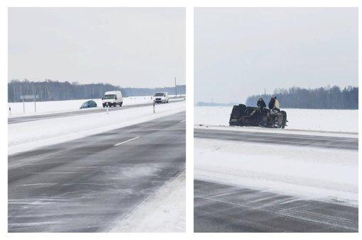 Kelias Šiauliai–Kuršėnai virto ledo arena: automobiliai slysta ir verčiasi (vaizdo įrašas)