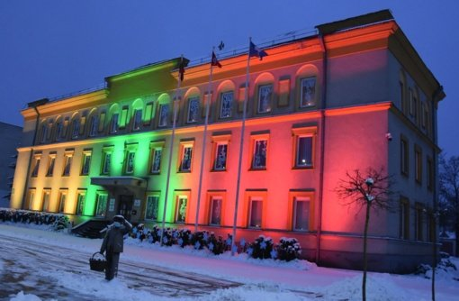 Varėnos rajone trisdešimtosios Laisvės gynėjų dienos metinės paminėtos Atminimo žvakutėmis ir laužais