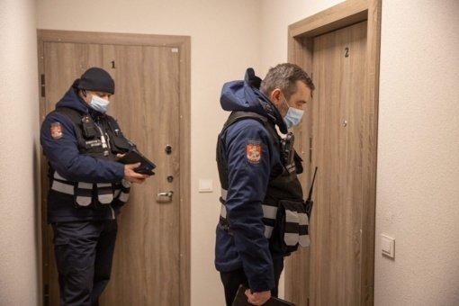 Vilniuje per savaitę nustatyti šeši migrantų saviizoliacijos pažeidimai