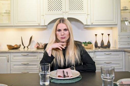 """N. Pareigytė-Rukaitienė prabilo apie karantino laikotarpiu priaugtus kilogramus: """"Netilpau į koncertines sukneles"""""""