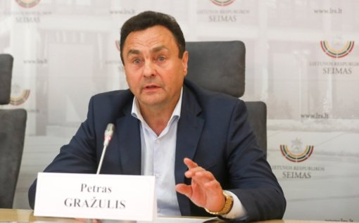 Etikos sargų prašoma įvertinti Seimo nario P. Gražulio elgesį