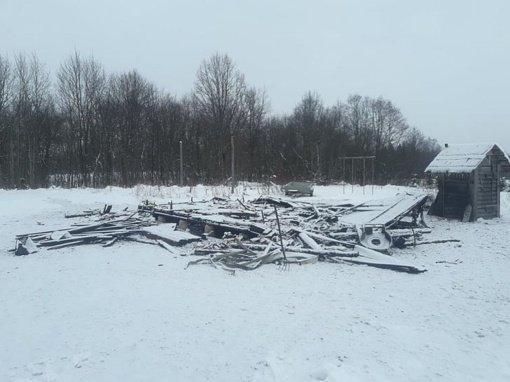 """Prieš šalčius ugnis nusiaubė """"Vikingų kaimą"""""""