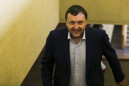 A. Guoga neigia, kad būdamas parlamentaru dirba kitur: kol esu Seimo narys, atlygio negaunu