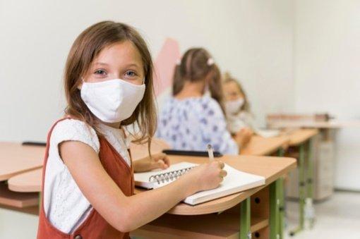 Sunkumų mokantis namuose patiriantys vaikai grįžta į mokyklas