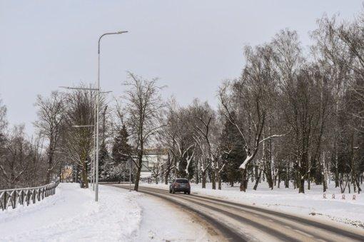 Situacija Panevėžyje dėl iškritusio gausaus sniego sudėtinga