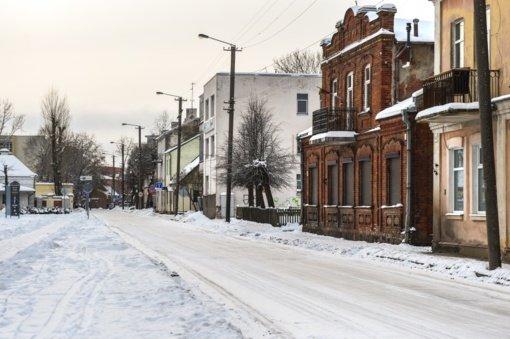 Dėl besitęsiančio snygio situacija Panevėžio miesto gatvėse išlieka sudėtinga
