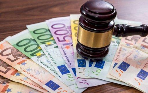 Bus teisiama per devynerius metus apie 20 tūkst. eurų iš įmonės pasisavinusi buhalterė