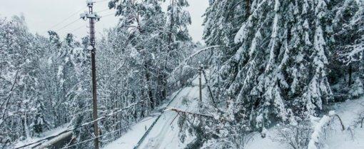Ukmergės rajone be elektros vis dar likę 600 namų ūkių