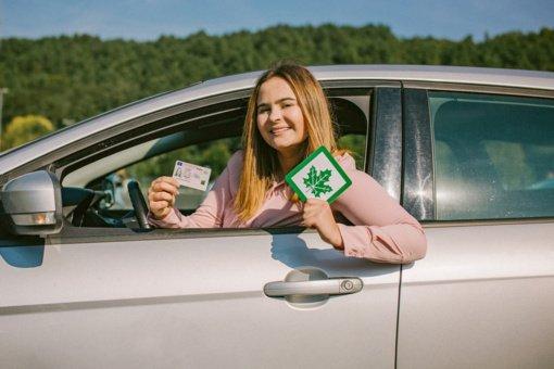 Vairavimo mokyklos: naujieji vairuotojai į kursus nesiregistruoja – laukia, kol galės gauti visapusiškas paslaugas