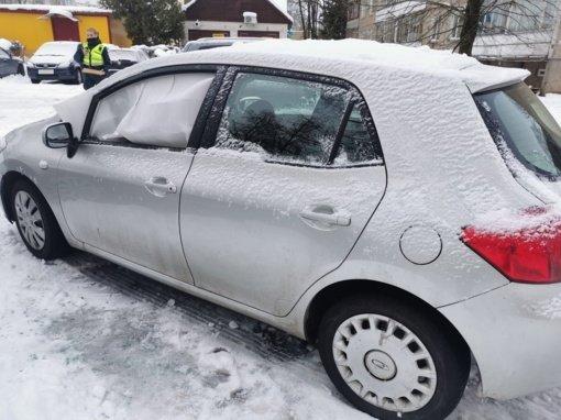 Pareigūnai operatyviai išaiškino, kas Kaišiadoryse niokojo automobilius
