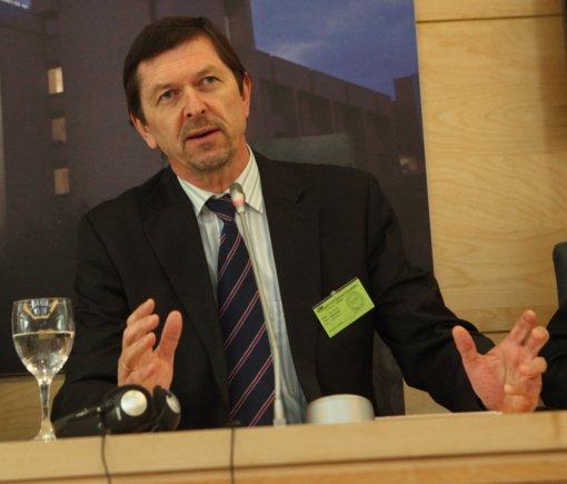 V. Valiušaitis traukiasi iš Genocido centro direktoriaus patarėjo pareigų