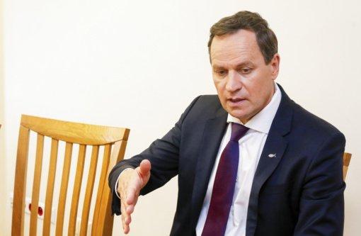 V. Tomaševskis: partija aštriai priešinosi kelti klausimą dėl naujo pirmininko